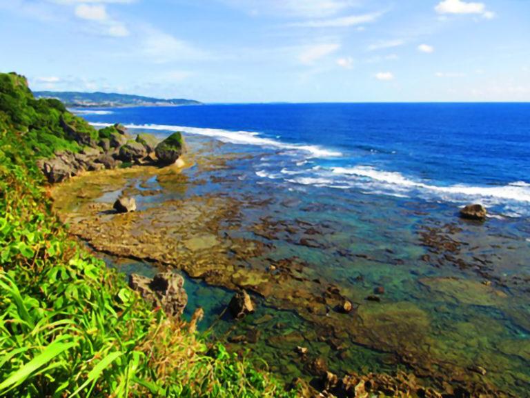 沖縄南部絶景パワースポット「ギーザバンタ」