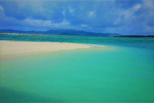 久米島ハテの浜の「中の浜」の先端