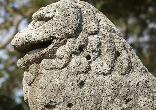 沖縄県最古のシーサー八重瀬町「富盛の石彫大獅子」