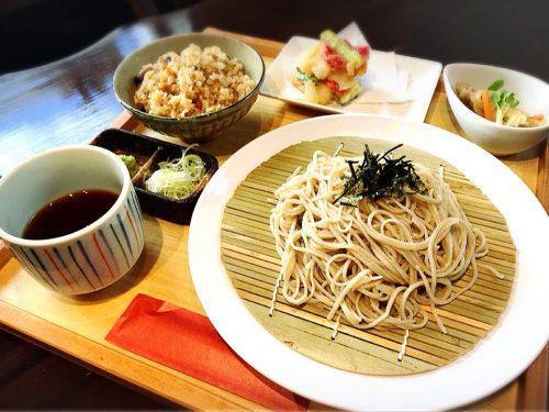 浦添市の外人住宅で絶品日本そばランチ「蕎麦と肴処 和ノ実」のそばセット