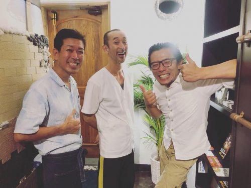 浦添市の外人住宅で絶品日本そばランチ「蕎麦と肴処 和ノ実」のスタッフ