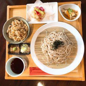 浦添市の外人住宅で絶品日本そばランチ「蕎麦と肴処 和ノ実」