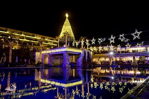 沖縄ではクリスマスから3月までカヌチャリゾートのイルミネーションがすごい