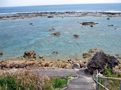 東御廻り(あがりうーまい)「テダ御川」は、沖縄のウユニ塩湖