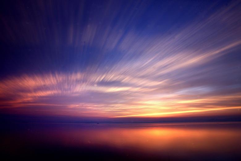 美しい夕日を観ながら古宇利大橋を走れ!古宇利島マジックアワーRun