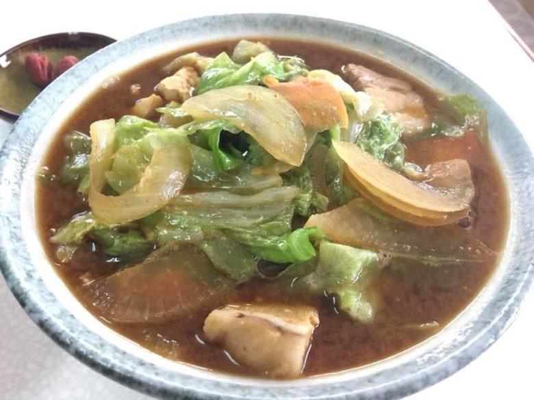 沖縄で味噌汁ならココ!名護のおススメ食堂おおかねの味噌汁