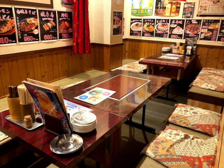 【名護・お好み焼】ひんぷんガジュマルのすぐそば関西風「味ノ坊」店内