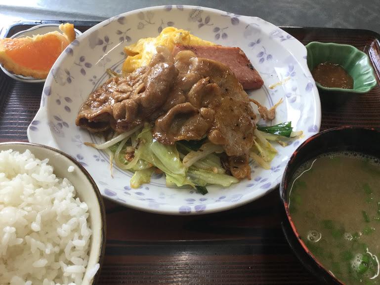沖縄で味噌汁ならココ!名護のオリエンタル食堂のおかず