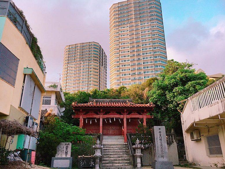 沖縄のパワースポット「琉球八社」安里八幡宮で初詣