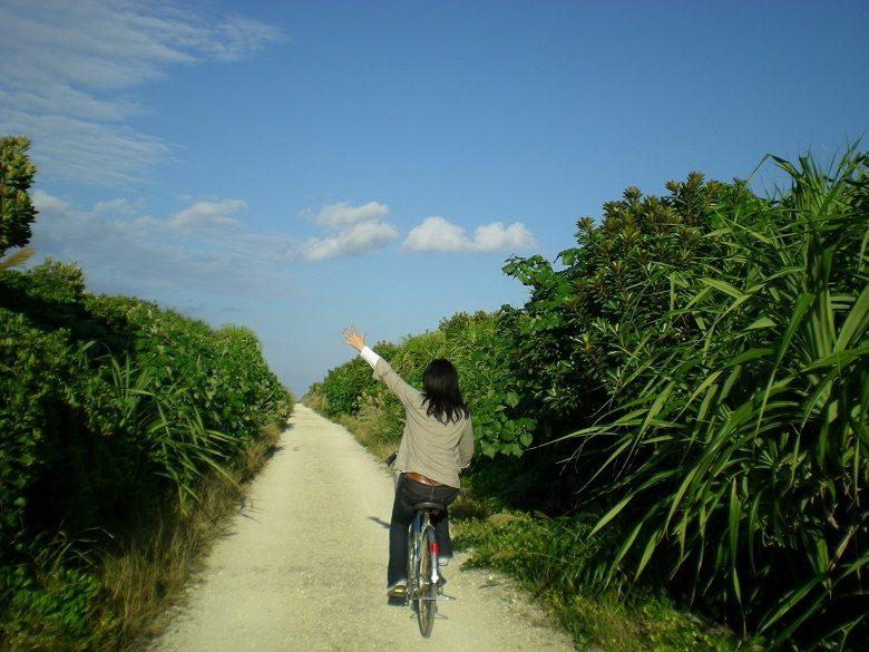 神の島「久高島」をレンタサイクルで出発