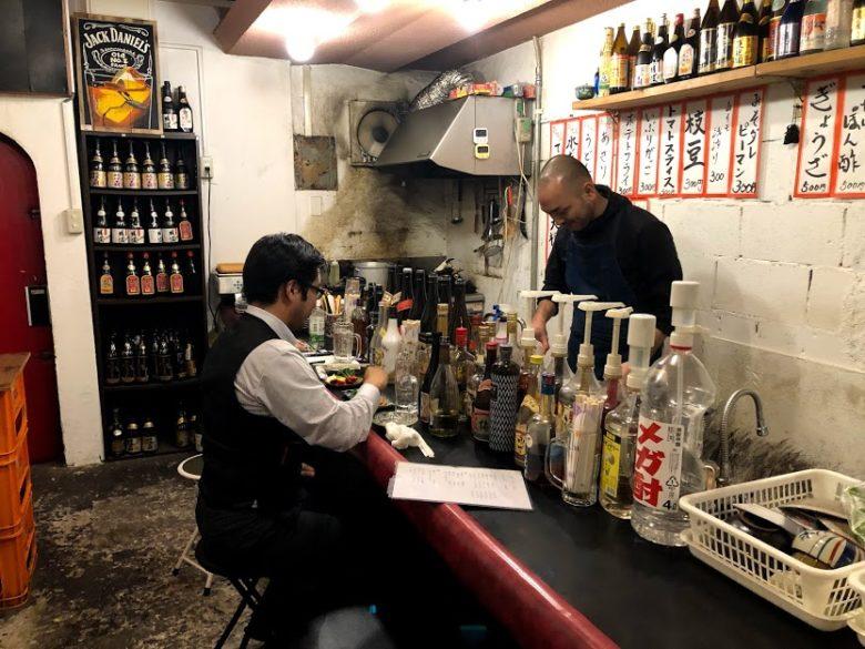 浦添・屋富祖、生まれ変わった新名所ではしご酒!おきなわばんざい