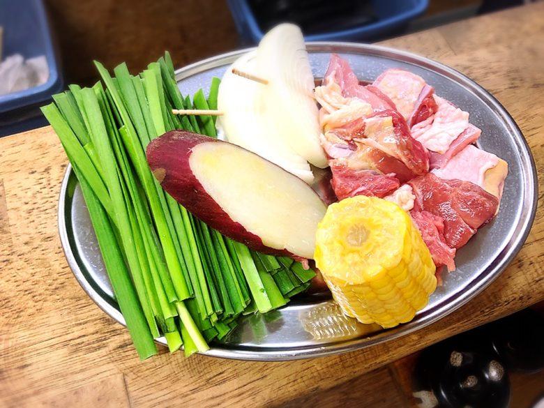 沖縄地鶏・朝しめ・ド新鮮な鶏料理専門店「鶏バカ一代」