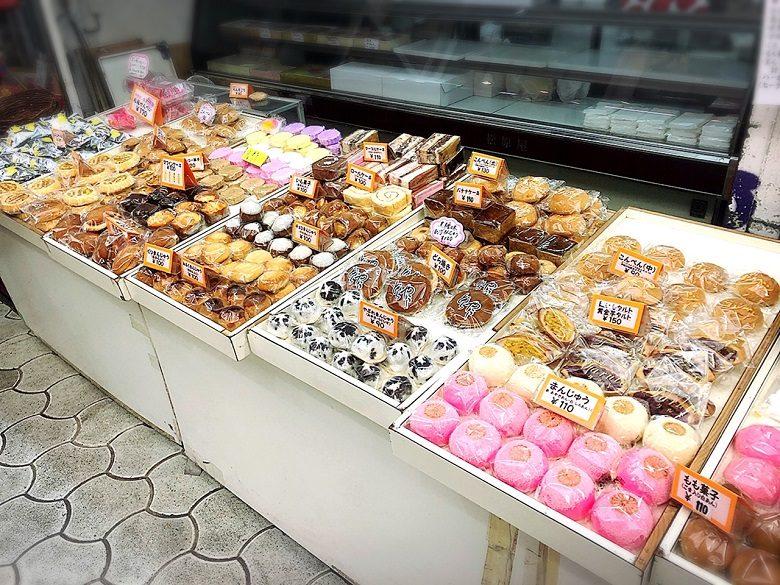 松原屋製菓には沖縄の伝統菓子だけではなくむかしながらの洋菓子もある