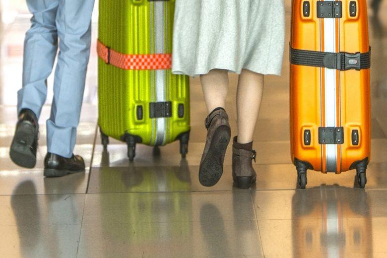 オーバーブック体験、大荷物を持って沖縄便搭乗口へ