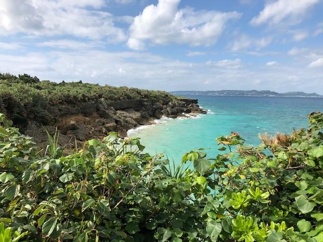神の島「久高島」をレンタサイクルでロマンスロード