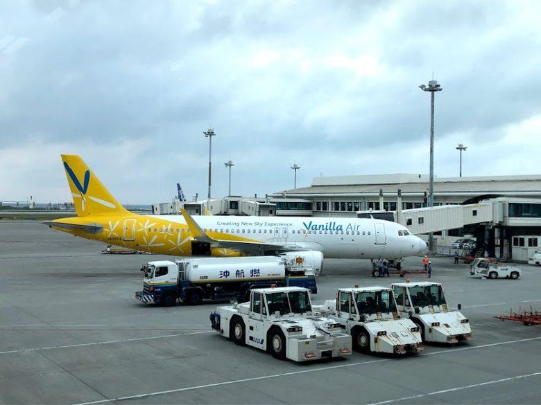 バニラエアが全日空側ターミナルに着いている