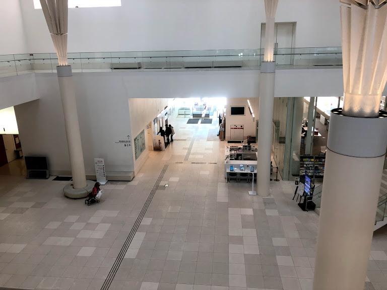 沖縄県立博物館は料金割引きになる。エントランス