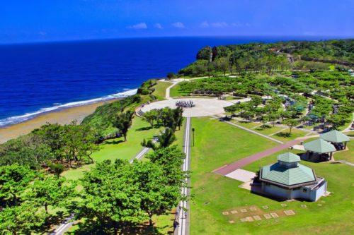 沖縄慰霊の日(6/23)は糸満の平和祈念公園で追悼式