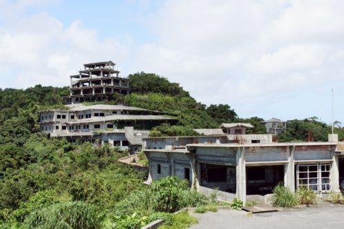 沖縄の有名な廃墟ホテルの全貌大公開!幻の「中城高原ホテル」が取り壊しへ。