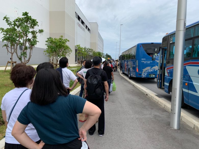 サンエーパルコシティのシャトルバス