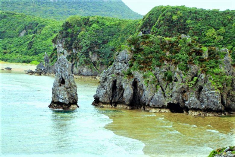 本島最北端・辺戸岬の海