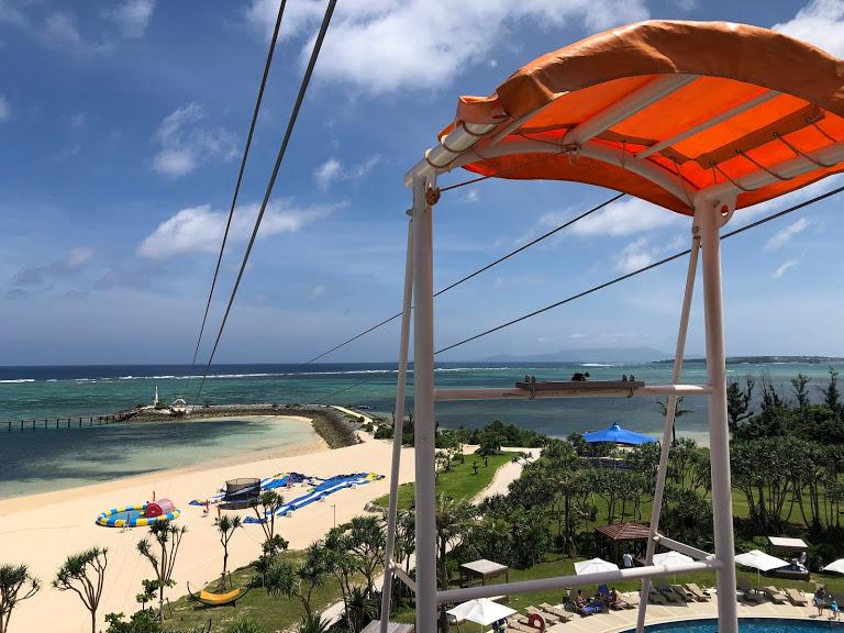 ANAのCMに採用された恩納村シェラトン沖縄サンマリーナリゾートのジップライン
