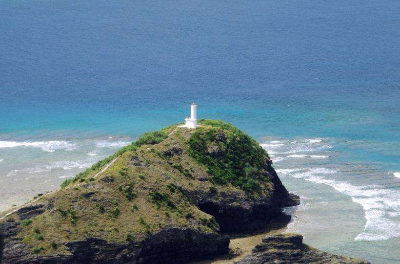 嘉比島灯台