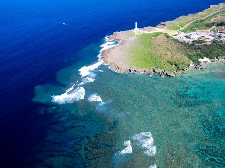美しい海に囲まれた沖縄だからこそ、絵になる灯台7選