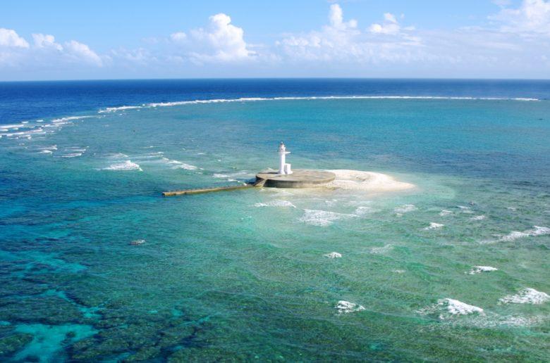 ルカン礁灯台