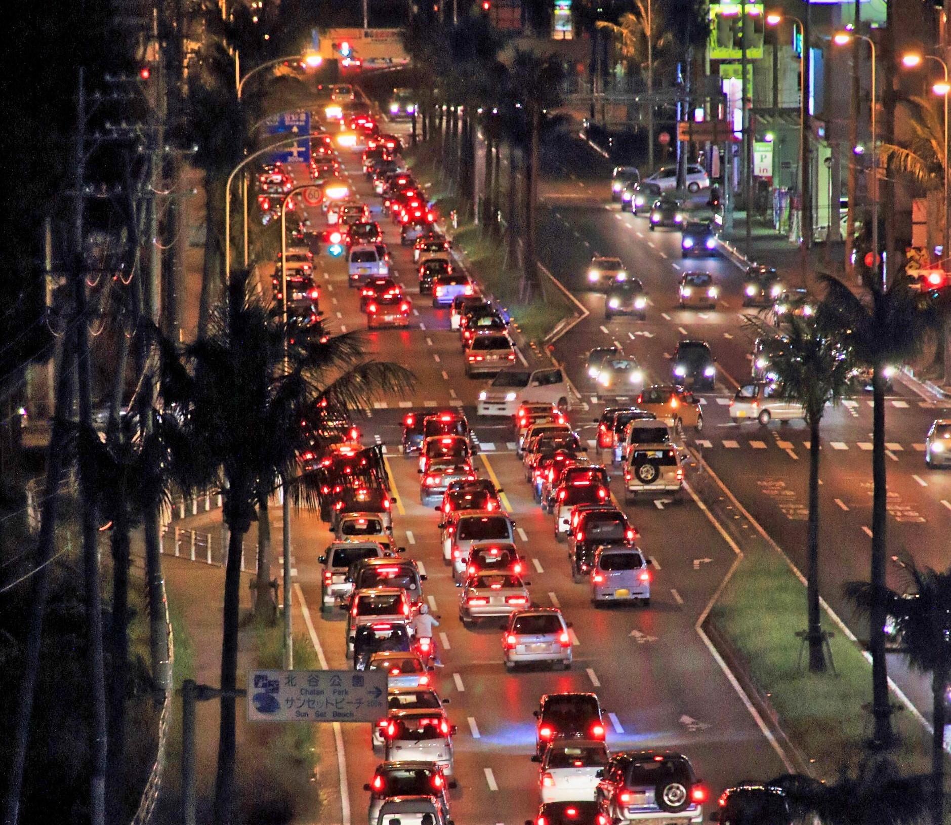 沖縄の移動手段は渋滞対策にもなる