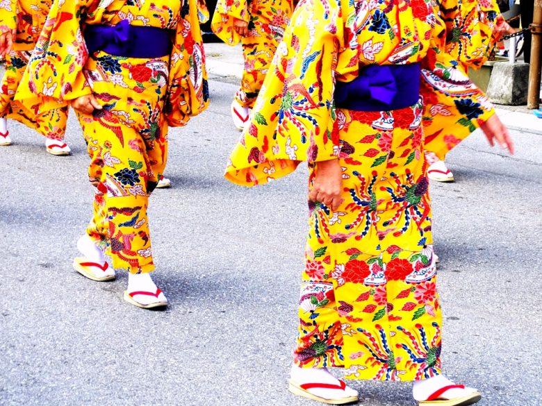 沖縄定番の赤と黄色の箸「うめーし」は紅型が始まりか