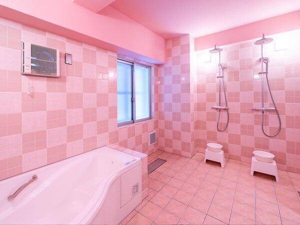 ホテル沖縄withサンリオキャラクターズの家族風呂