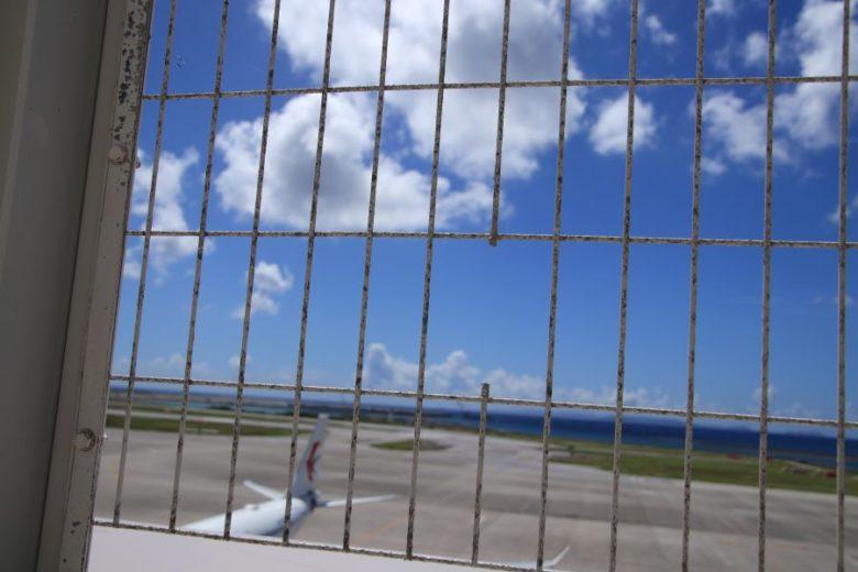 那覇空港で飛行機を見るなら国際線?