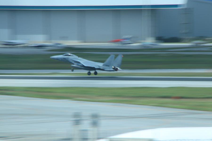 那覇空港で飛行機の写真を撮るならここだ!(南風編)