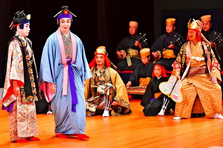 沖縄版オペラの組踊りは玉城朝薫が作った