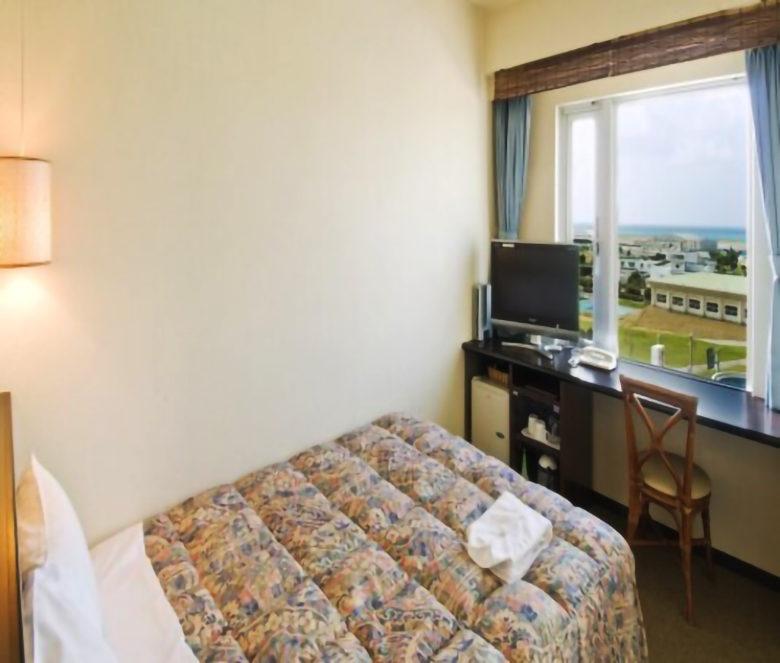 ホテルグランビュー沖縄は赤嶺駅前でその室内