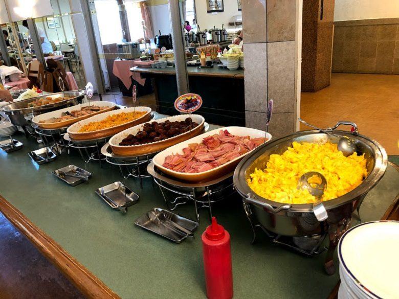 那覇でホテル朝食ならサンプラザホテルのバイキング