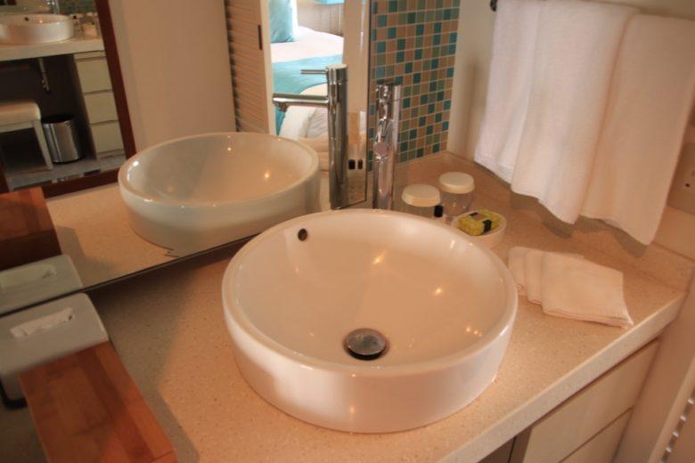 ANAインターコンチネンタル万座ビーチリゾートの洗面台