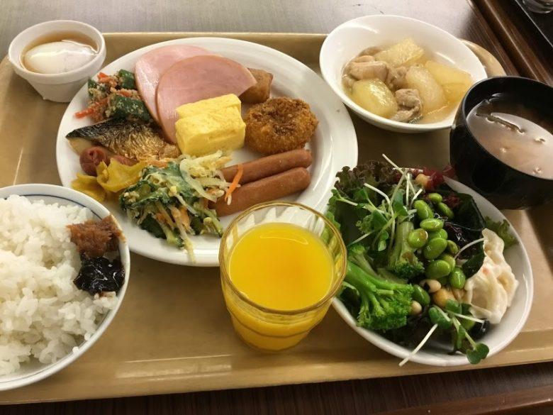 那覇でホテル朝食ならルートイン那覇泊港のバイキング