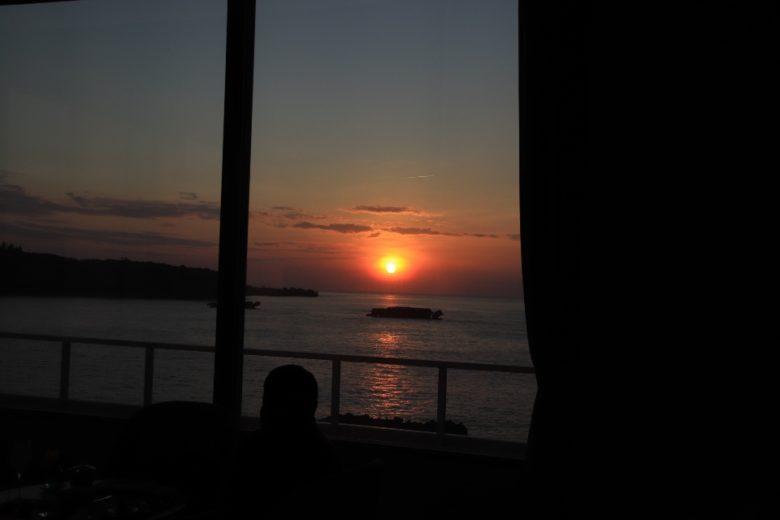 ANAインターコンチネンタル万座ビーチリゾートから見る夕日