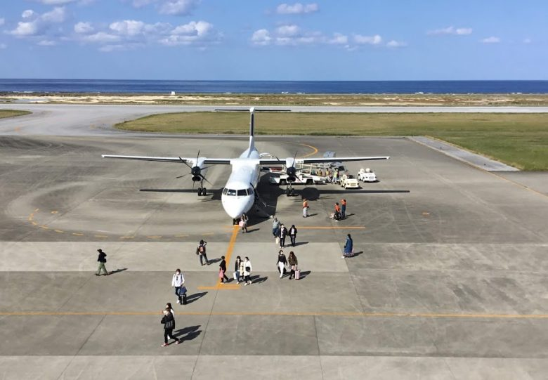 久米島空港展望ラウンジ