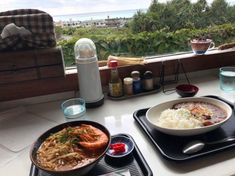 久米島の沖縄そばなら世界グランプリの笑島