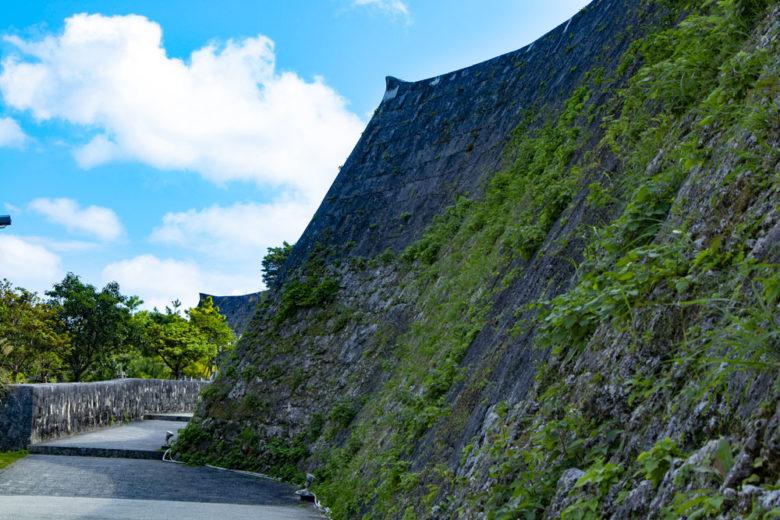 日本100名城・首里城の上の毛
