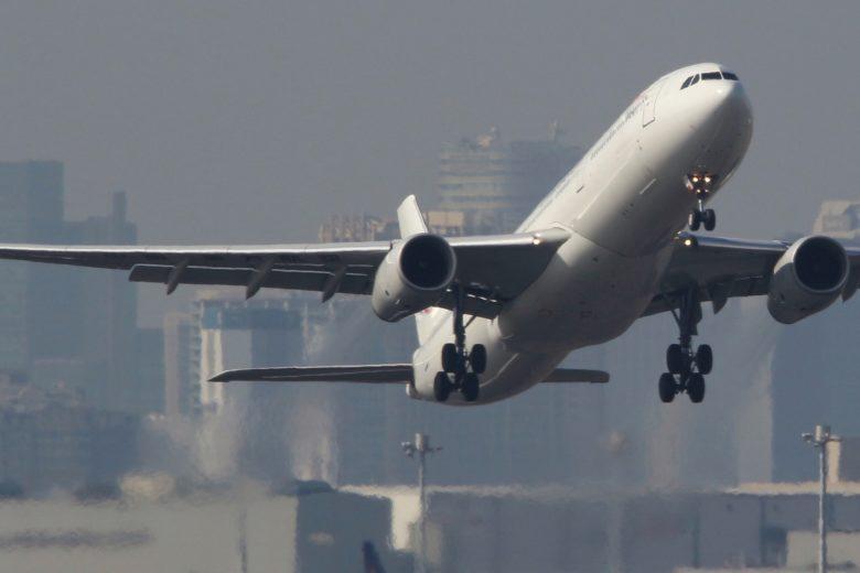 羽田空港新飛行ルート。沖縄からの飛行機はどこ通る?