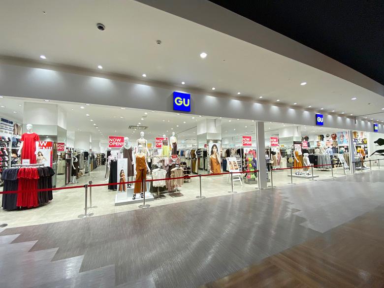 新しいショッピングモールイーアス沖縄豊崎GU