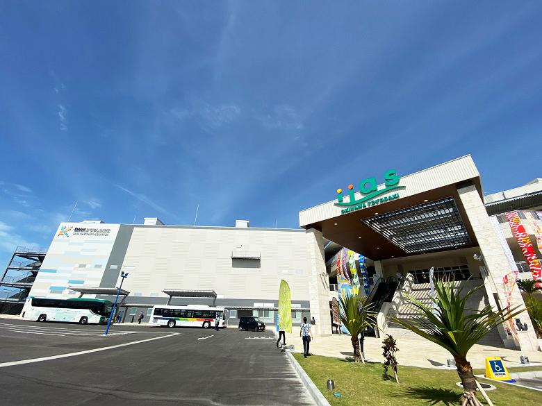 新しいショッピングモールイーアス沖縄豊崎