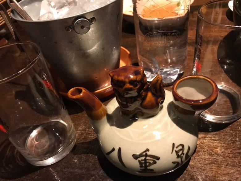 石垣島のマグロ居酒屋ひとしで泡盛