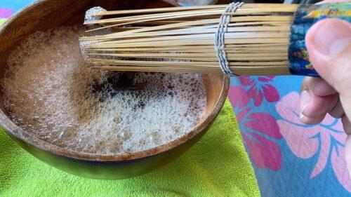 ぶくぶく茶は沖縄伝統の泡立てるお茶 首里「嘉例山房」