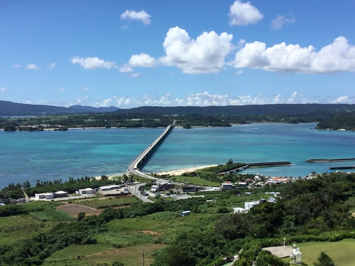 沖縄の移動手段はレンタカーなしでも楽しめる!!