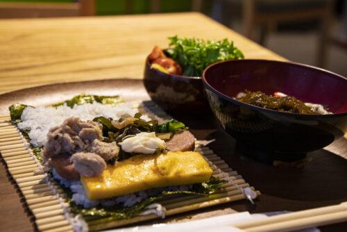 那覇のホテル朝食が600円!?自分で作るポークたまごおにぎりの朝ご飯!外来OK!